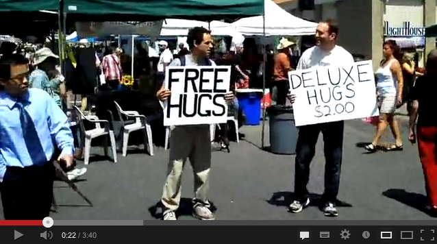 Ofertas-free-hugs-deluxe-hugs